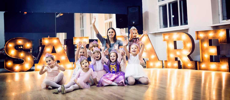 Judesio pamokos mergaitėms
